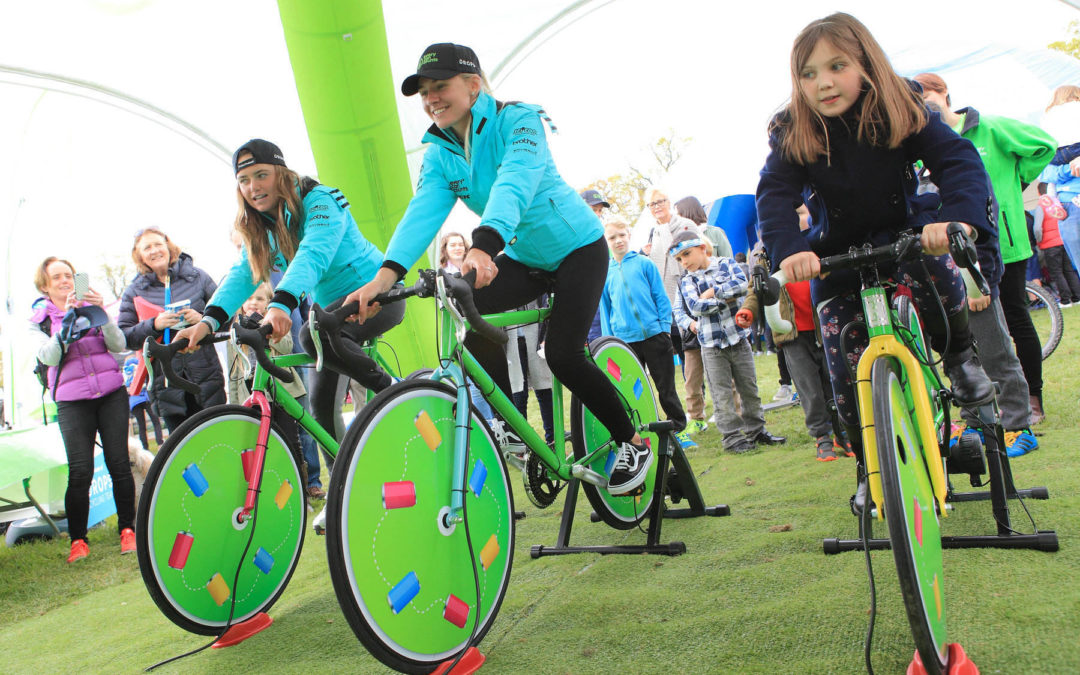 Every Can Counts encourages Women's Cycling Tour fans to join the Recycle Race
